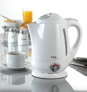 T-fal BF6520 Vitesses 1.7-Liter Electric Kettle
